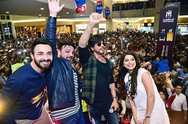 Shah Rukh Khan Promotes Raees at Arabian Center