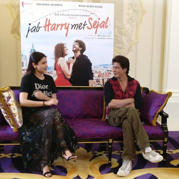 Shah Rukh Khan and Anushka Sharma Promotes Jab Harry Met Sejal in Dubai